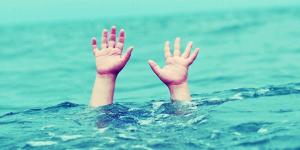 5 YAŞINDAKİ ÇOCUK HAVUZDA BOĞULURKEN…