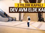 İSTANBUL'UN GÖBEĞİNDEKİ DEV AVM ELDE KALDI!