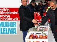 CAMİDEN ÇIKANLARA 'KIZIL ELMA' DAĞITILDI
